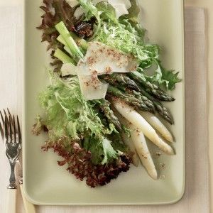 Green and White Asparagus Salad
